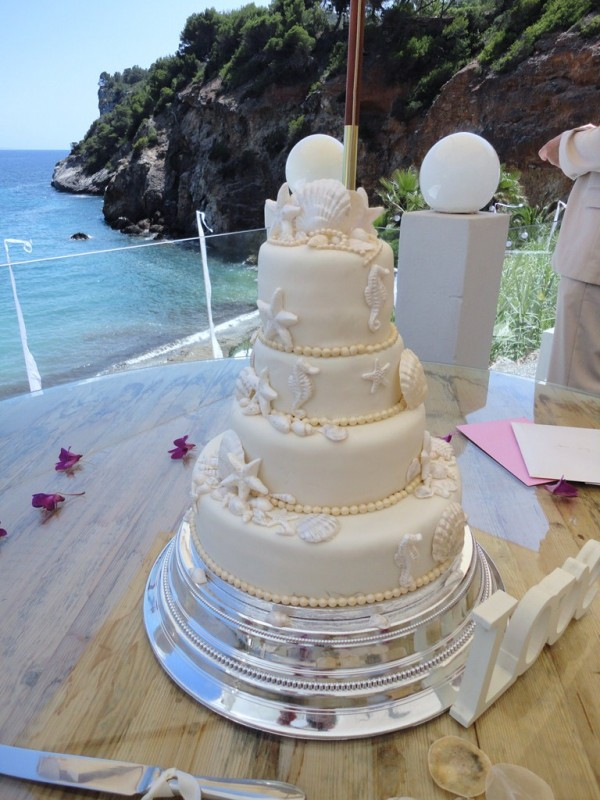 where can i buy pearl wedding cake vodka shells and pearls wedding cake ibiza cakes 27134